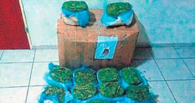 İzmir'de 31,5 kilo esrar ele geçirildi
