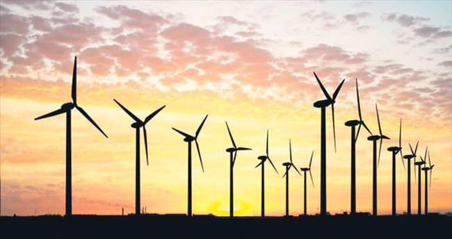 Enerjiye 10 yılda 110 milyar $ yatırım