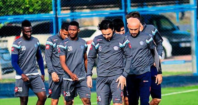 Adana Demirspor 3 puan için çıkıyor