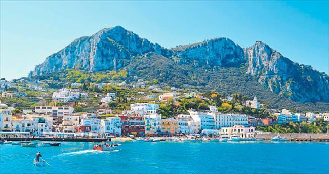 Tarih boyunca ihtişamını koruyan Capri