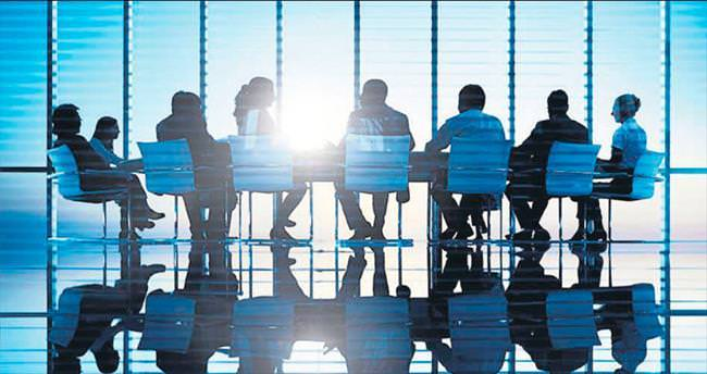 Kaçınızın yönetim kurulunda başörtülü kadın üye var?