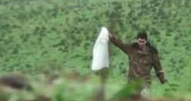 Ermeni asker fanilasını bayrak yapıp teslim oldu