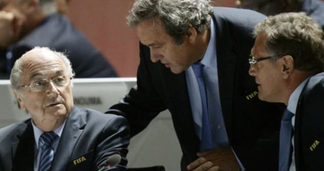 UEFA ve FIFA'da Panama depremi