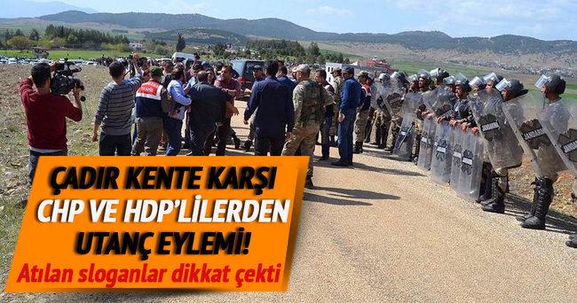 Suriyeli karşıtı eylemde dikkat çeken slogan