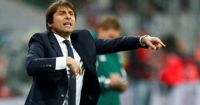 Chelsea'nin yeni hocası Conte