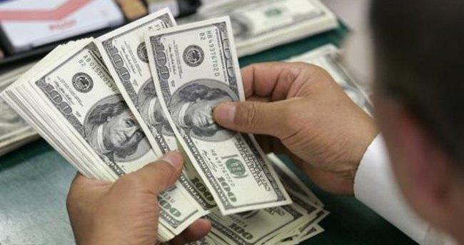 Dolar 2,81'in altına geriledi