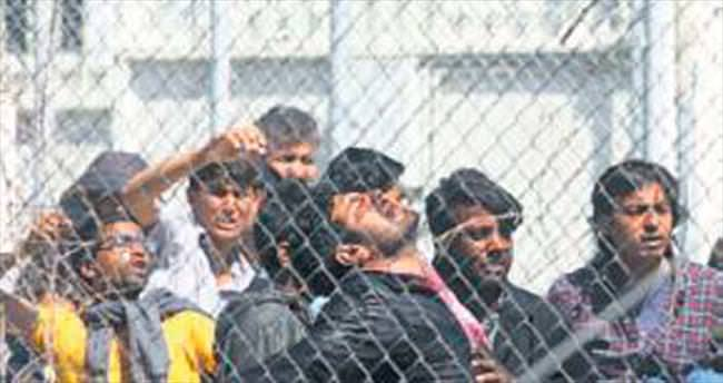 Papa sığınmacıları ziyaret edecek