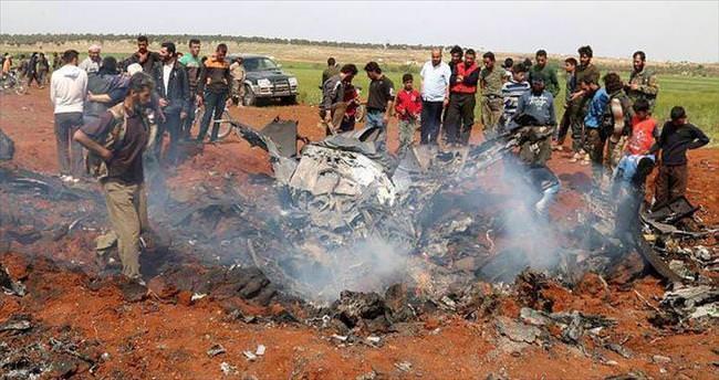Muhalifler rejim uçağı düşürdü