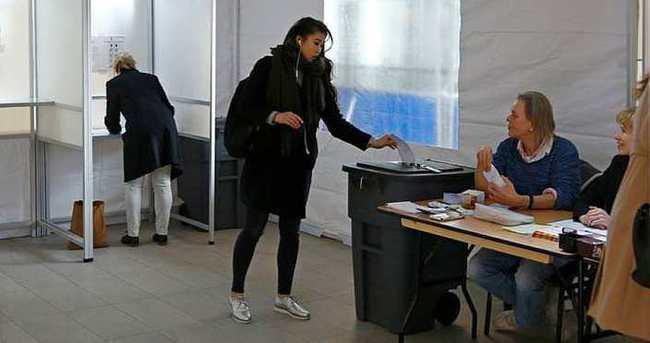 Hollanda referandumda 'hayır' dedi