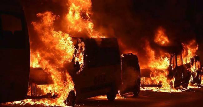 İstanbul'da 23 araç kundaklandı