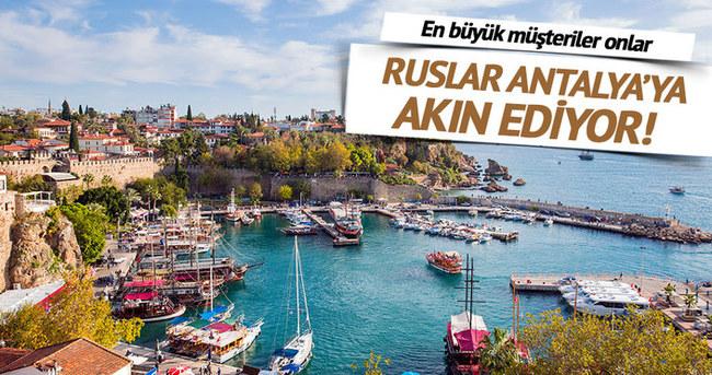 Ruslar, Antalya'da konut almayı sürdürüyor