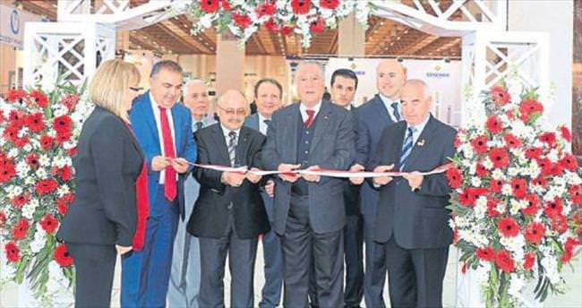 İzmir'de asansör fuarı açıldı