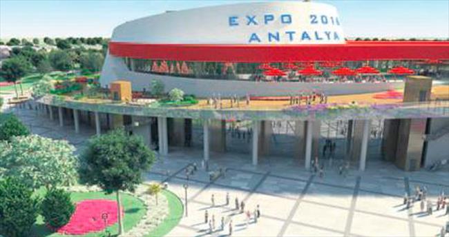 Bakan Çelik, Antalya EXPO'ya kamp kurdu