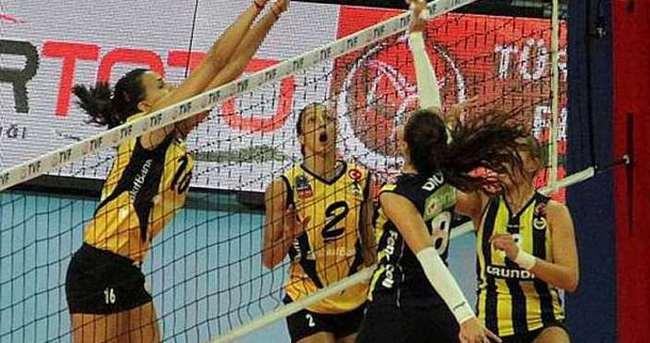 Dörtlü Final'de Türk derbisi