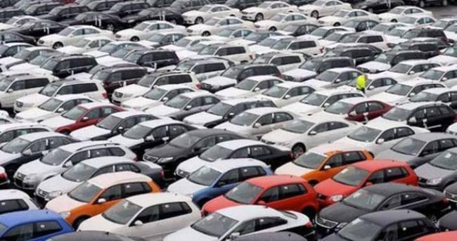Rus otomobil piyasasında düşüş sürüyor