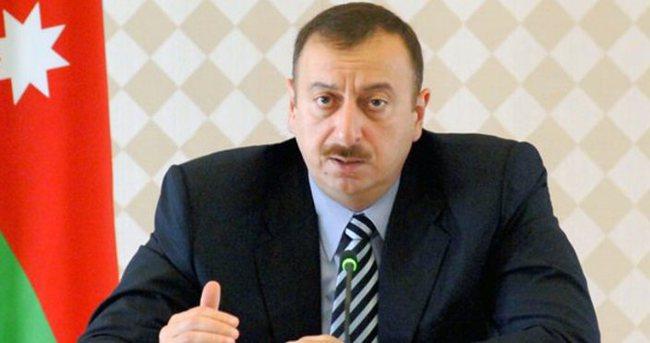 Aliyev, Rusya Başbakanı Medvedev ile görüştü