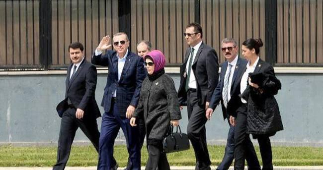 Cumhurbaşkanı Erdoğan, İstanbul Kongre Merkezi?nde incelemelerde bulundu
