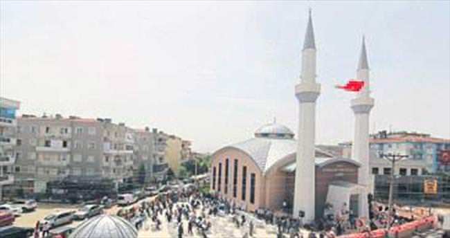 Büküşoğlu Camisi törenle ibadete açıldı