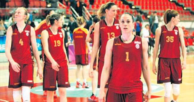 Aslan play-off'ta krizde