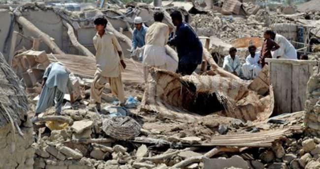 Afganistan Pakistan sınırındaki depremde 5 kişi öldü