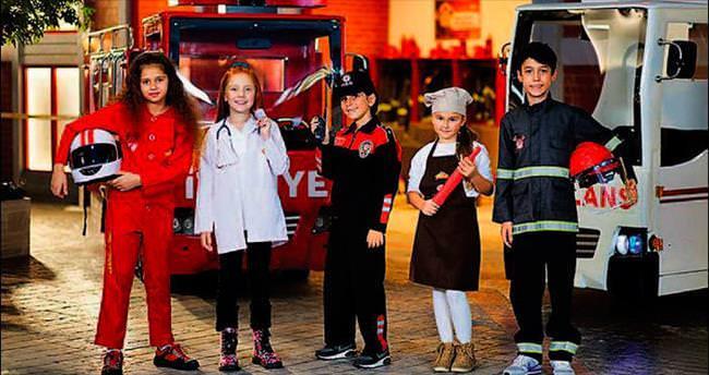 Çocukların şehri bayrama hazır