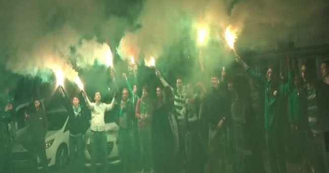Bursaspor - Beşiktaş maçı sonrası çılgın karşılama