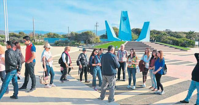 YDÜ öğrencilerinden 'Bahara Merhaba' turu