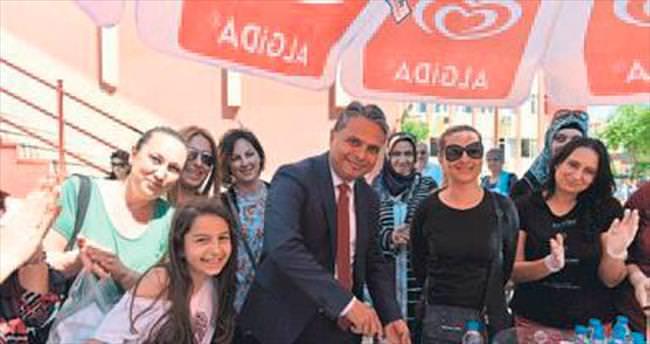 Başkan Uysal'dan çocuklara destek