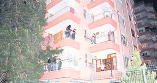 Aşçının balkonuna patlayıcı attılar