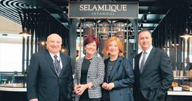 Selamlique Cafe Dış Hatlar'da açıldı
