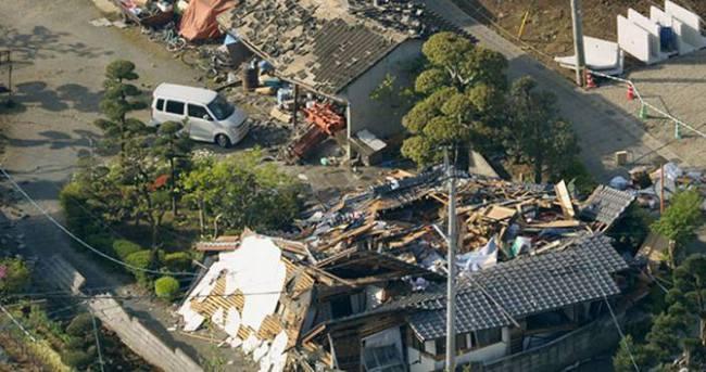 Japonya'daki depremde 9 kişi öldü, 860 kişi yaralandı