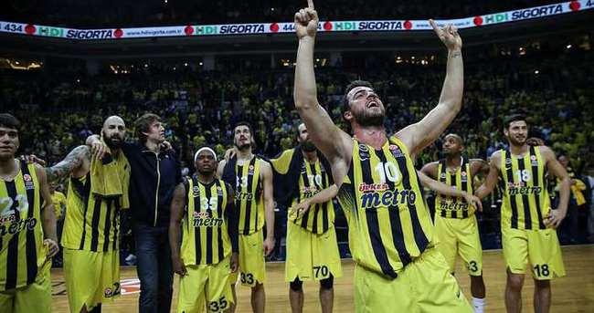 Fenerbahçe, Euroleague tarihine geçti