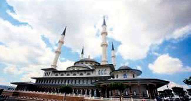 Kazanlılar Millet Camisi'ne gidiyor