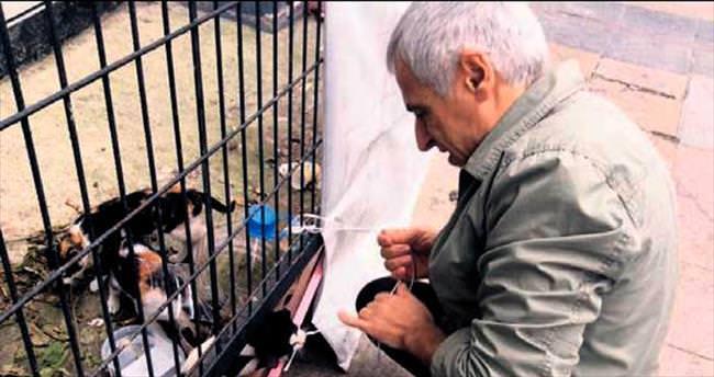 Felçli hayvanların 'Agop Usta'sı