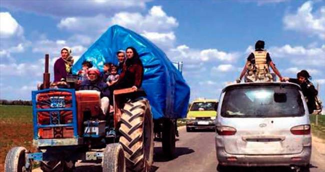 30 bin kişi Türkiye'ye doğru kaçmaya başladı