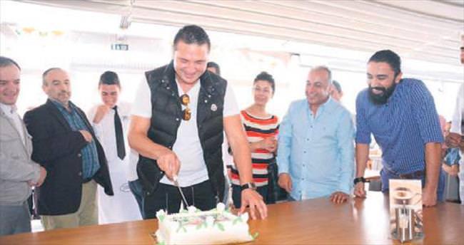 Çekmişoğlu'na sürpriz doğum günü