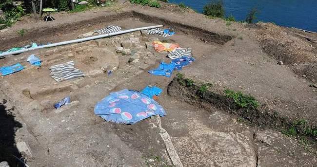 Tarihi kazı alanında insan iskeletleri bulundu