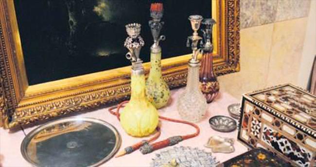 Osmanlı ve Cumhuriyet antikalarına yoğun ilgi