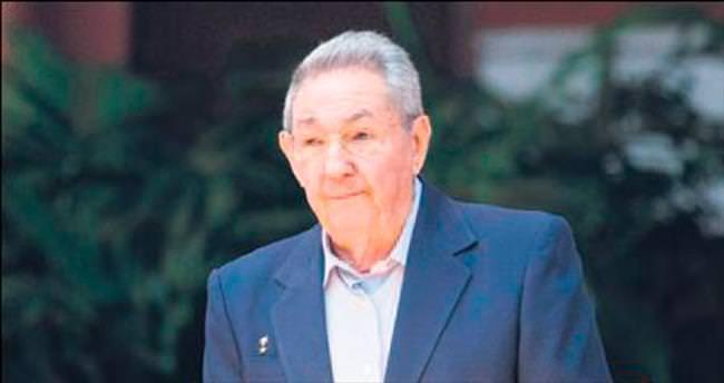 Raul Castro'dan 'taze kan' teklifi