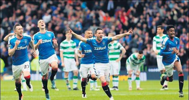 Tarihi derbide gülen Rangers