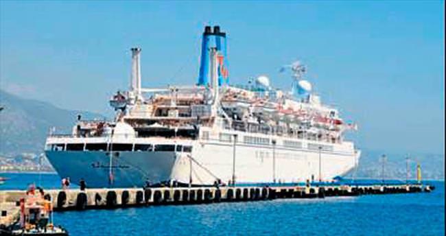 Lüks yolcu gemisi yine Alanya'da