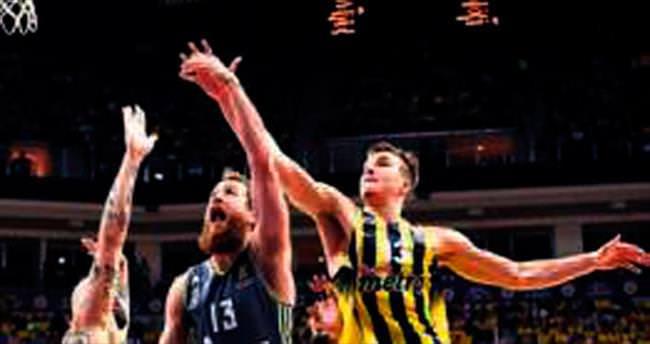 Fenerbahçe'ye şüpheli hakemler