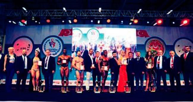 Şampiyonlar TÜYAP'ta