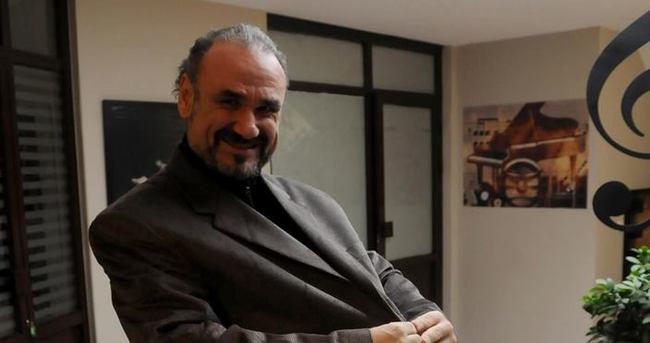 Hakan Aysev 10 ayda 60 kilo verdi
