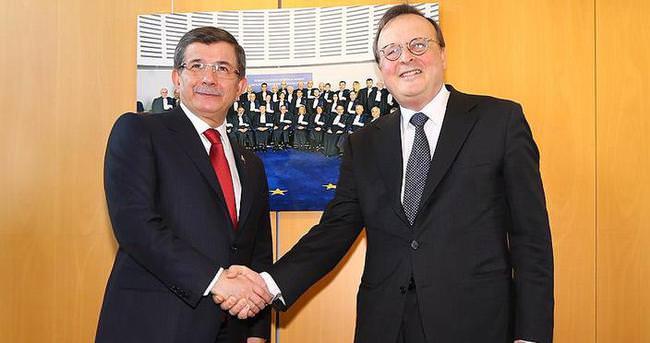 Davutoğlu AİHM Başkanı Raimondi ile görüştü