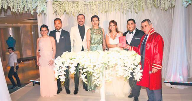 Ünlü karı-kocalar nikah şahidi oldu