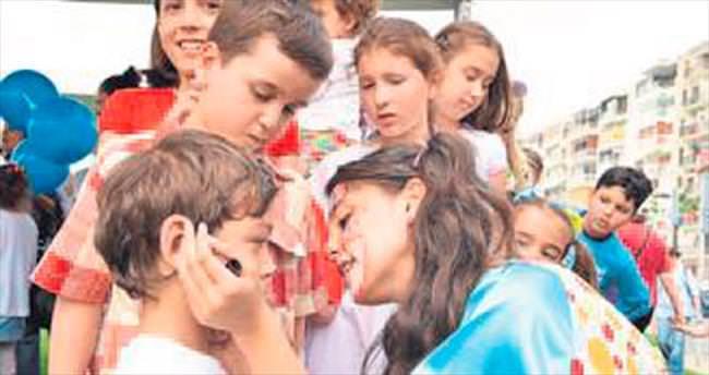 İzmir'de çocuklar 'bayram' edecek
