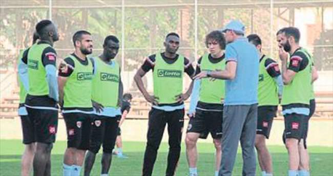 İpekoğlu: Gaziantep maçına odaklanın