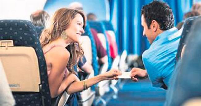 Havaalanında yolcu trafiği yüzde 15 arttı