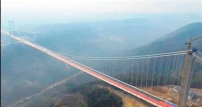Çin'e, 280 metre yükseklikte köprü